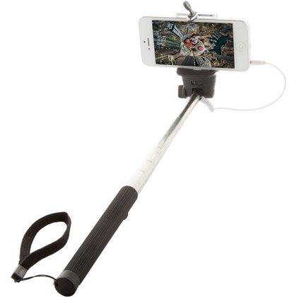 Selfie-Stick Jung